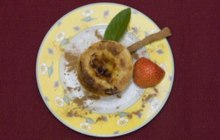 Pastéis de Nata - Portugiesische Blätterteigtörtchen mit Vanillecremefüllung (Wolfgang Bahro) - Rezept
