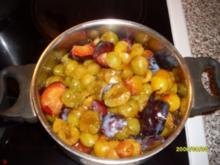 Dreierlei- Pflaumenkompott mit knusprigen Streuseln - Rezept