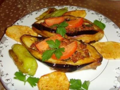 Karniyarik (gefüllte Aubergine türkischer Art) - Rezept