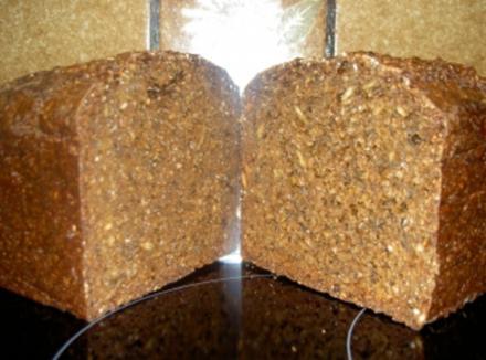 Schwarz-Brot - Rezept