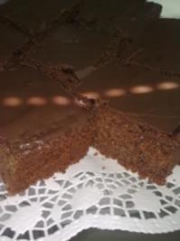 Nuss Kuchen Mit Schokoglasur Und Schokoladenglasur Blechkuchen