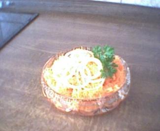 Karottensalat mit Orangensaft-Dressing - Rezept