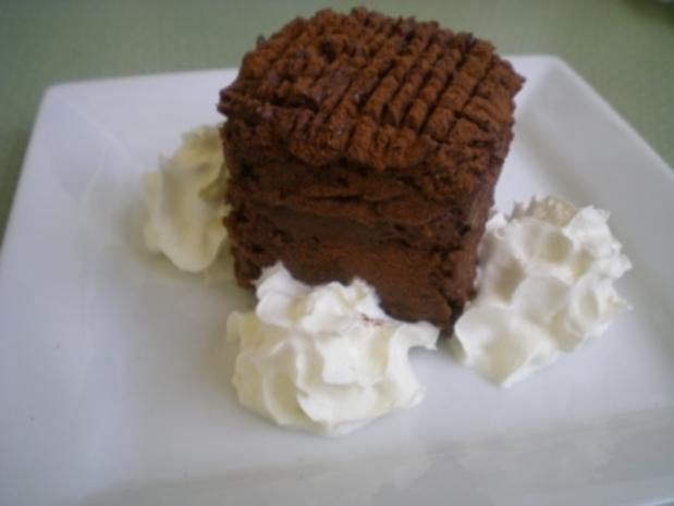 Schokolade Würfel mit Trüffel Creme - Rezept