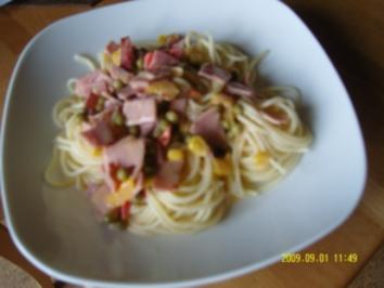 Spaghetti mit Schinken-Gemüse-Soße - Rezept