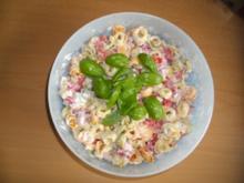 Bunter Tortellinisalat Tricolore - Rezept