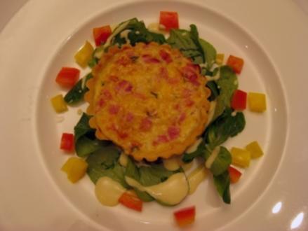 Quiche lorraine auf Feldsalat - Rezept