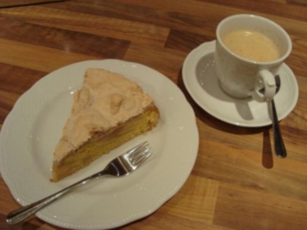 *Kuchen - Apfelkuchen mit nussigem Baiser - Rezept - Bild Nr. 2