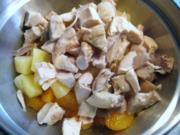 Geflügelsalat - mit Früchten - Rezept