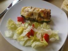 Zucchini mit Hackfleisch und Käse überbacken - Rezept