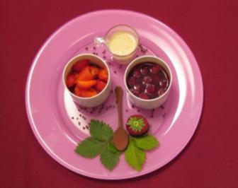 Hamburger Rote Grütze trifft marinierte Kronberger Erdbeeren - Rezept