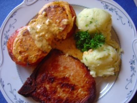 Kassler-Kotelett mit gefüllter Grilltomate - Rezept