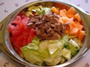 Herbstlicher Salatteller mit Rindfleischstreifen - Rezept