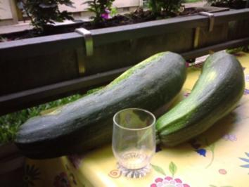 Zucchinis gefüllt mit Couscous - Rezept