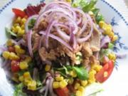 Salatteller mit Thunfisch und Mais... - Rezept