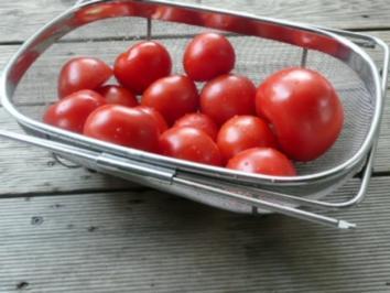 SUPPE /GEMÜSE /Tomatensuppe /kalt evtl. mit Ingwer und Ziegenkäsenocken - Rezept