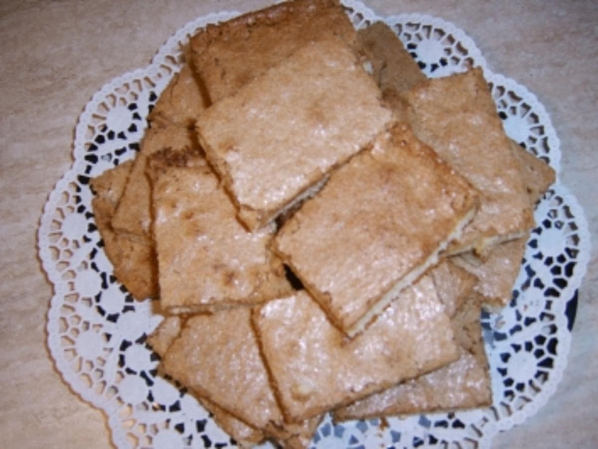 Bilder für Buttermilchkuchen Zubereitung von Buttermilchkuchen : - Rezept