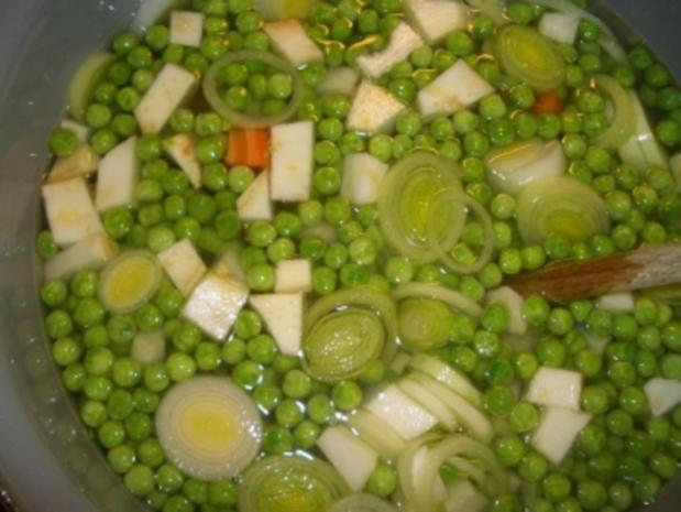 Erbsensuppe mit Würstel - Rezept - Bild Nr. 5