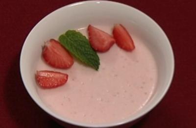 Mucher Erdbeer-Joghurt-Törtchen (Ulli Potofski) - Rezept