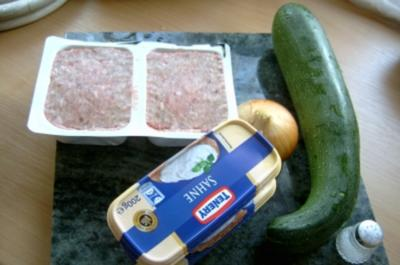 Suppe: Zucchini-Hackfleischtopf - Rezept