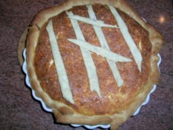 Zwiebelkuchen mit Blätterteig - nach meiner Art - aber auch sehr lecker, meinen Gästen hat es geschmeckt, vielleicht Euch auch - Rezept