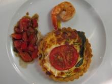 Tomaten-Salbeikuchen mit Ziegenfrischkäse - Rezept