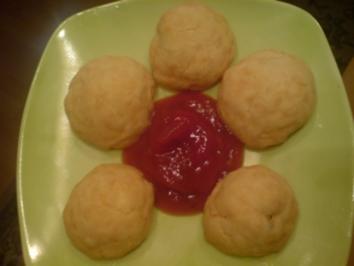 "Fingerfood ""Gefüllte Käse-Bällchen"" - Rezept"
