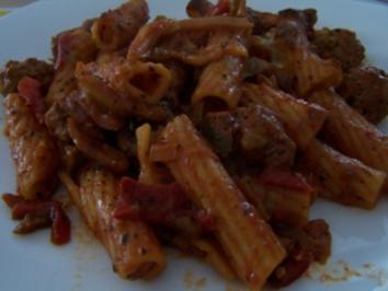 Tortiglioni-Fleischbällchen-Auflauf - Rezept