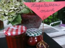 BEILAGE/SOßE:Hagebuttenmark oder Hagebuttenbrot - Rezept