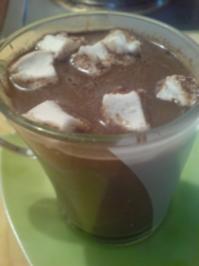 "Getränk ""Heiße Schokolade mit Marshmallows"" - Rezept"