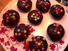 Schoko-Muffins mit Smarties - Rezept