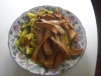 Vegetarisch - Nudeln - Bandnudeln mit frittierten Pilzen - Rezept