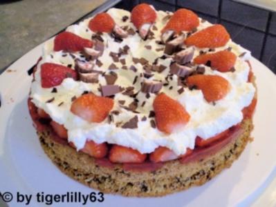 10 Erdbeer Yogurette Torte Rezepte Kochbar De