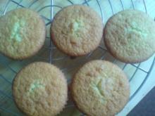 "Muffins ""Erdbeer-Vanille"" - Rezept"