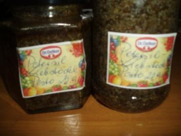 Petersilie - Liebstöckl - Pesto - Rezept