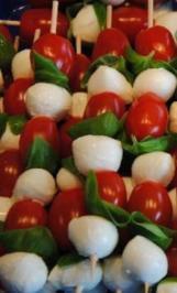 Basilikum - Mozzarella -  Spießchen - Rezept