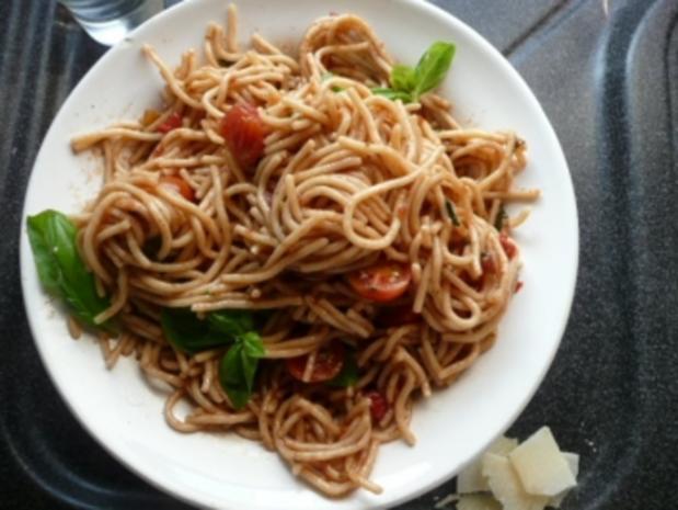 GLASFOOD 1 /PASTA:Spaghetti-Basilikum-Salat - Rezept - Bild Nr. 3