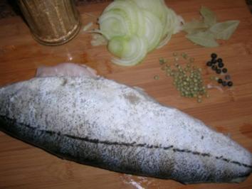 """Schellfisch, """"gekocht"""", mit Senf-und/oder Buttersauce (wir essen Salzkartoffeln und Salat dazu) - Rezept"""