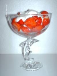 Erdbeeren mit Haube - Rezept