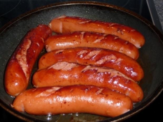 Gebratene Bockwurst mit Rotkohl und Kartoffelbrei - Rezept - Bild Nr. 4