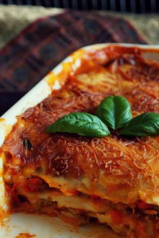 klassische mediterrane hackfleisch lasagne rezept. Black Bedroom Furniture Sets. Home Design Ideas