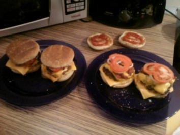 """BURGER"" Doppel-Cheeseburger mit Bacon vom Grill - Rezept"