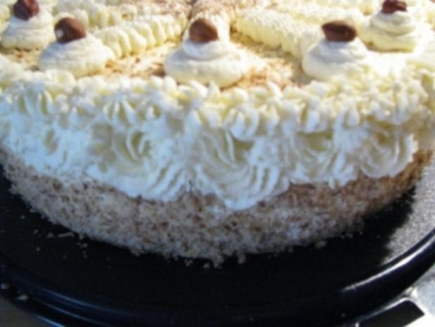 Nuss-Sahne-Torte - Rezept - Bild Nr. 7