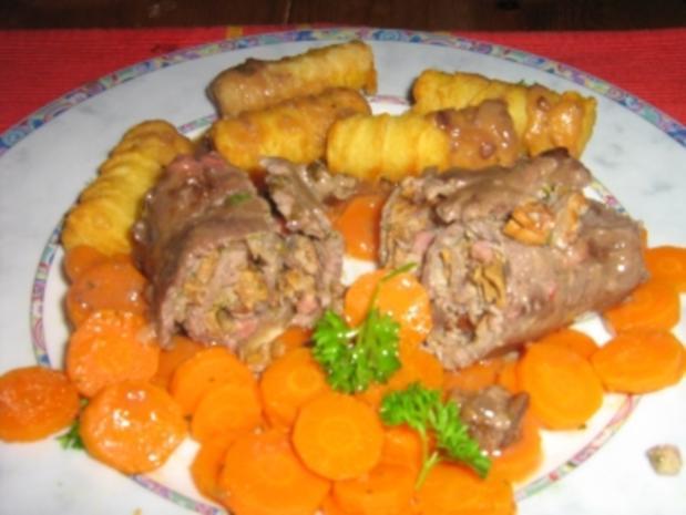 Roulade mit Pfifferlingen auf Karottengemüse - Rezept