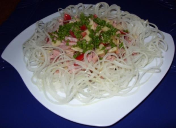 Wurstsalat mit viel Zwiebeln - Rezept - Bild Nr. 5