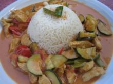 Indian Butter-Chicken Makhani mit Zucchini, Tomaten und Reis - Rezept
