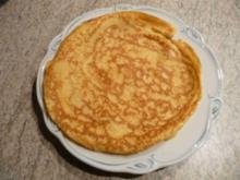 Eierspeisen : Pfannkuchen mit Pflaumenmus - Rezept