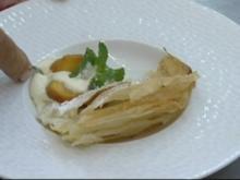 Pfirsichcreme mit Cointreau - Rezept
