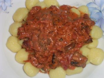 Rezept: Gnocchi mit Champignon-Tomatensauce Dida's Art