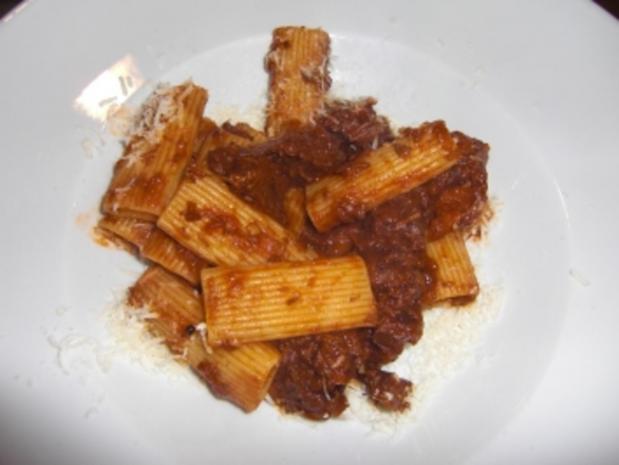 Ragù alla Napoletana - Rezept