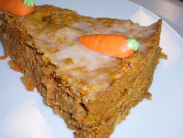Kikis Möhren-Marzipan-Nusskuchen - Rezept